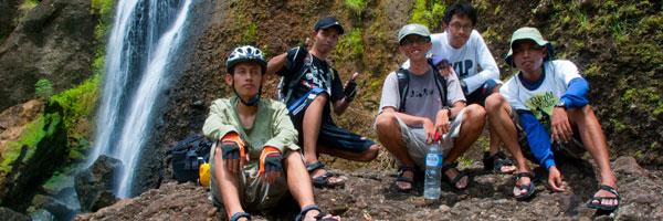 PEKOK ke Air Terjun Banyunibo